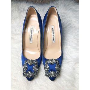 Authentic Manolo Blahnik hangisi 100 royal blue 34